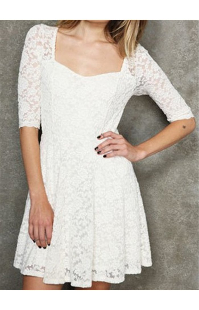 Gipiūrinė suknelė