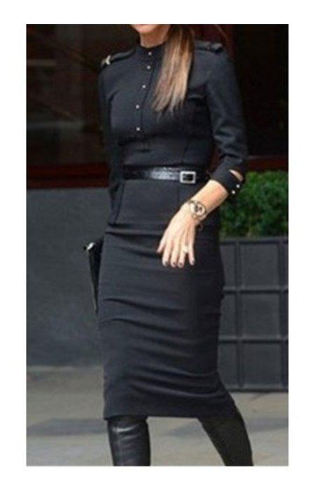 Juoda ilga elegantiška suknelė