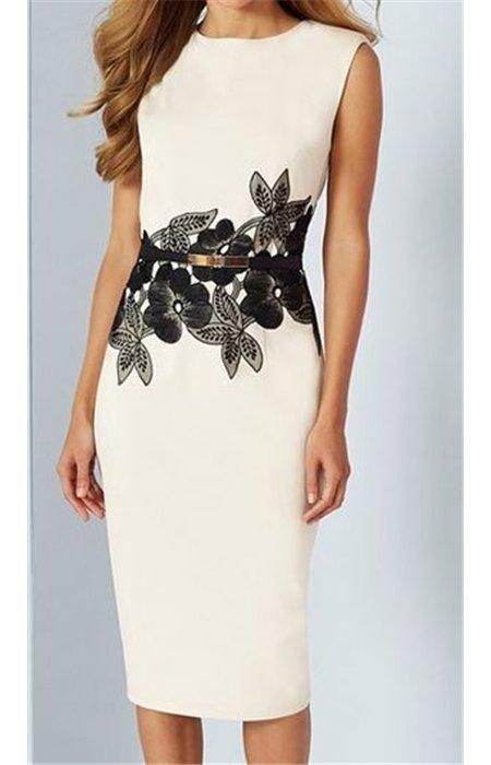 Klasikinė suknelė puošta gėlėmis