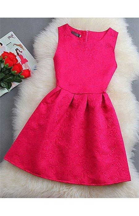Suknelė su gėlių motyvų audiniu
