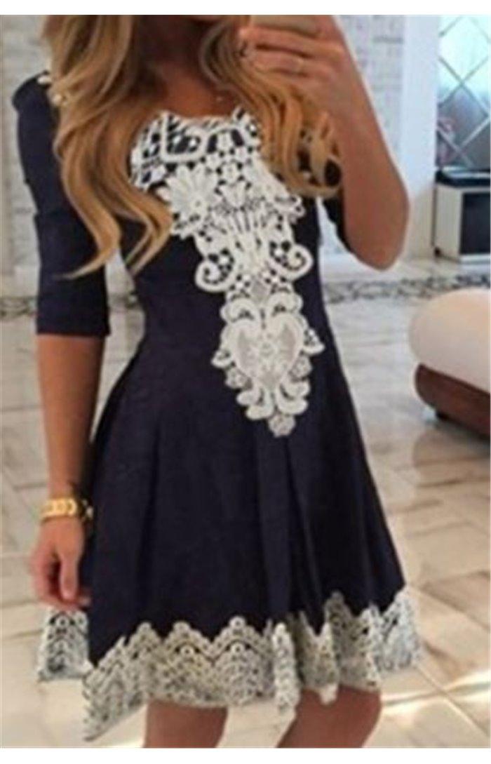 Suknelė su Nėriniais