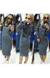 Stilinga Suknelė su Kapišonu