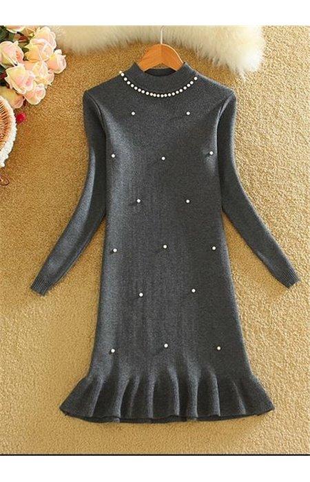 Suknelė Puošta Perliukais