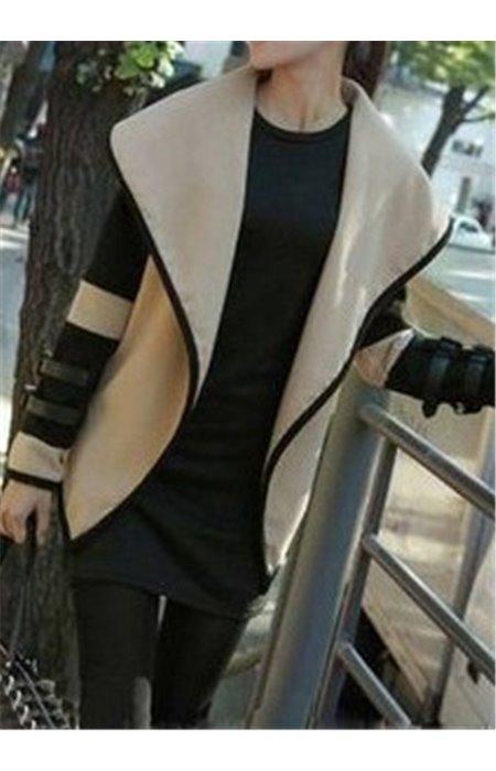 Stilingas švarkelis su dirželiu
